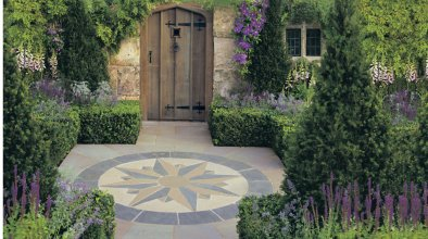 086 Vintage Stone Compass Points with Manor Paving