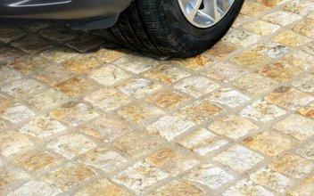 117 Granite Setts detail